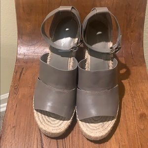 TREASURE & BOND wedge sandals
